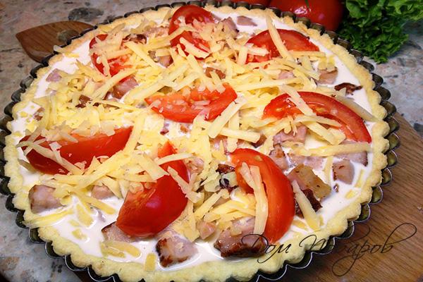 Начинка для киша из ветчины, сыра и помидоров