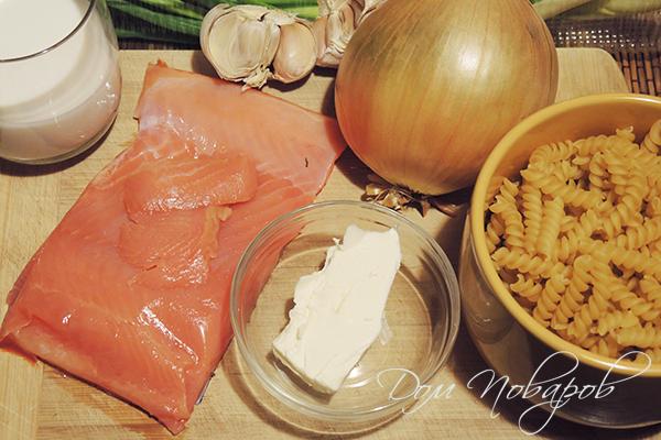 Ингредиенты для пасты с лососем