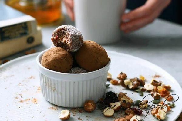 Домашние конфеты без сахара: простой рецепт на основе сухофруктов, пальчики оближешь!