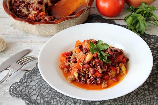 Рагу с мясом и фасолью